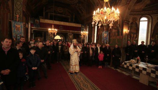 Comuniune Liturgică în Parohia Capu Corbului