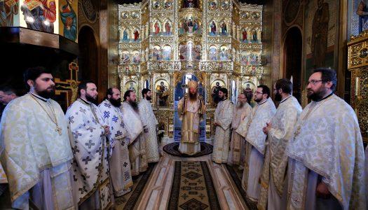 Sfântul Ierarh Nicolae – hramul Istoric al Catedralei Episcopale din Miercurea Ciuc. Ps Andrei a oficiat Sfânta Liturghie.