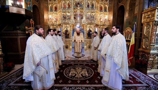 Praznicul Nașterii Mântuitorului Hristos. PS Andrei a slujit Sfânta Liturghie la Catedrala Episcopală din Miercurea Ciuc.
