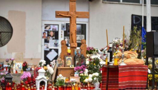 Rugăciune de pomenire a victimelor incendiului de la clubul Colectiv