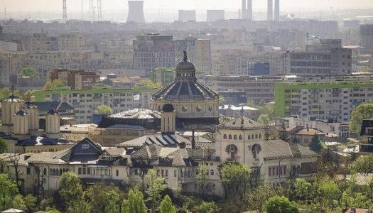 Recomandările INSP după încetarea stării de urgenţă: Slujbele, oficiate în aer liber | Declaraţie Vasile Bănescu